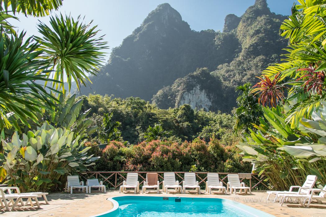 Pool Elephant Hills