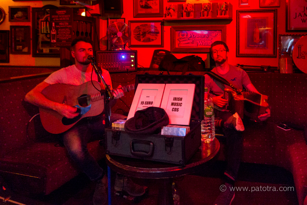Clifden Pub Irish Music