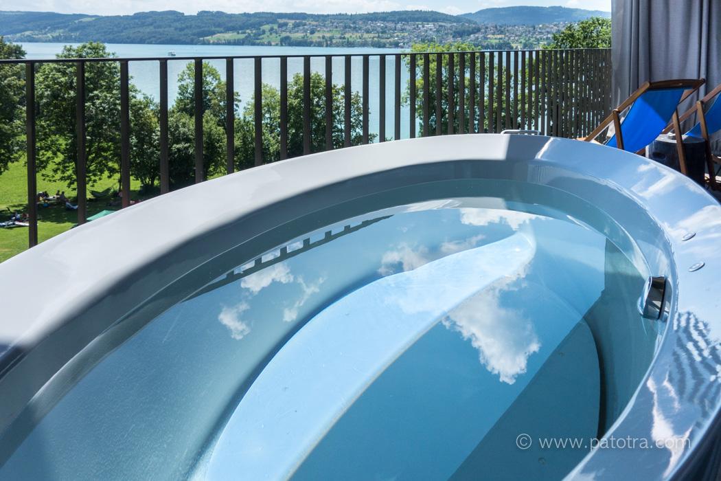 Badewanne Balkon Seerose