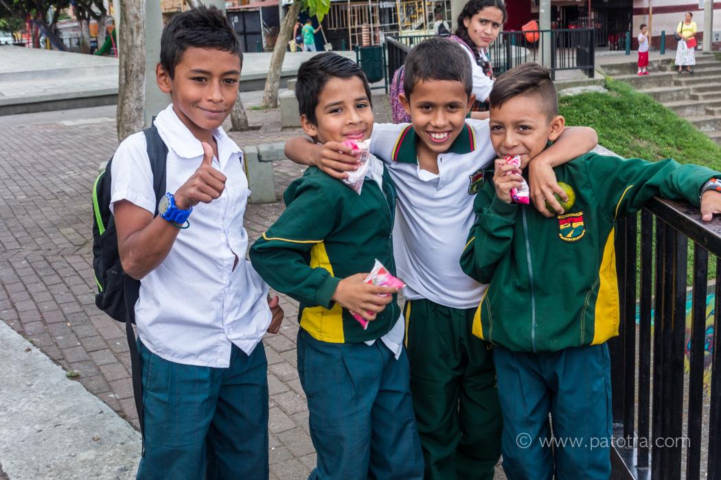 Medellin Schulkinder