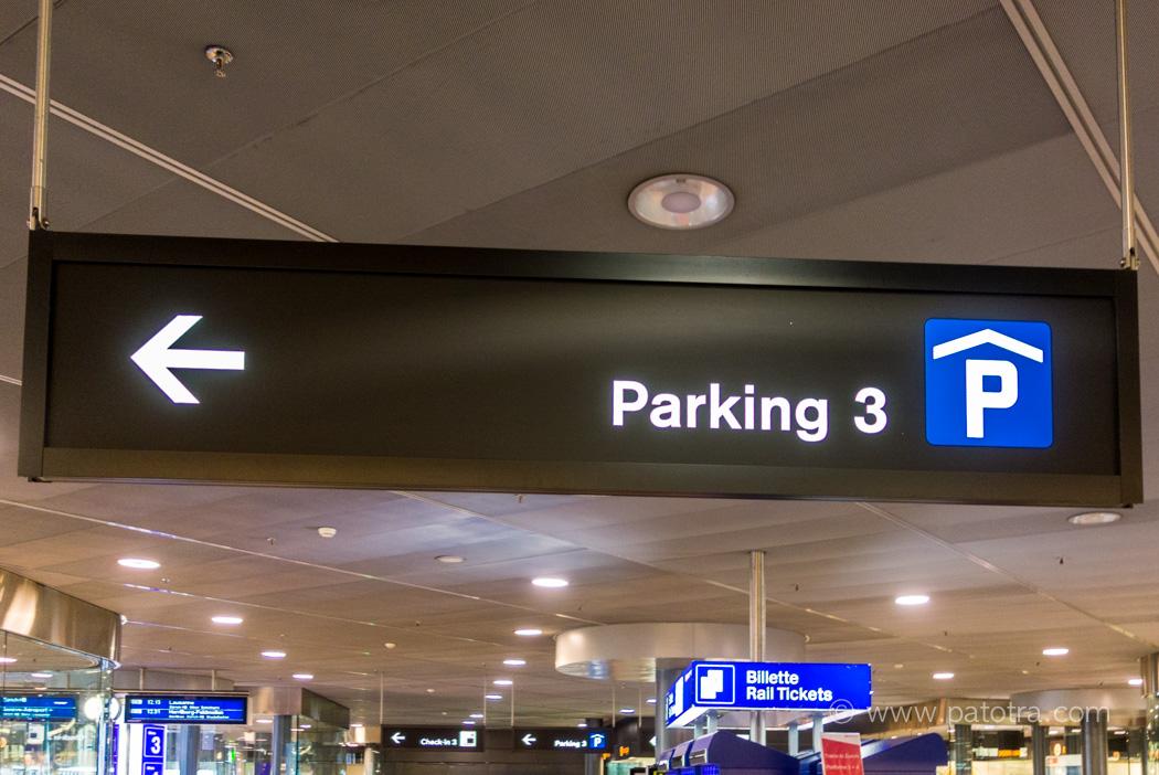 Reisevorbereitung Parken Flughafen