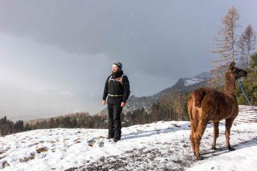 Marc Schaedler mit Lama