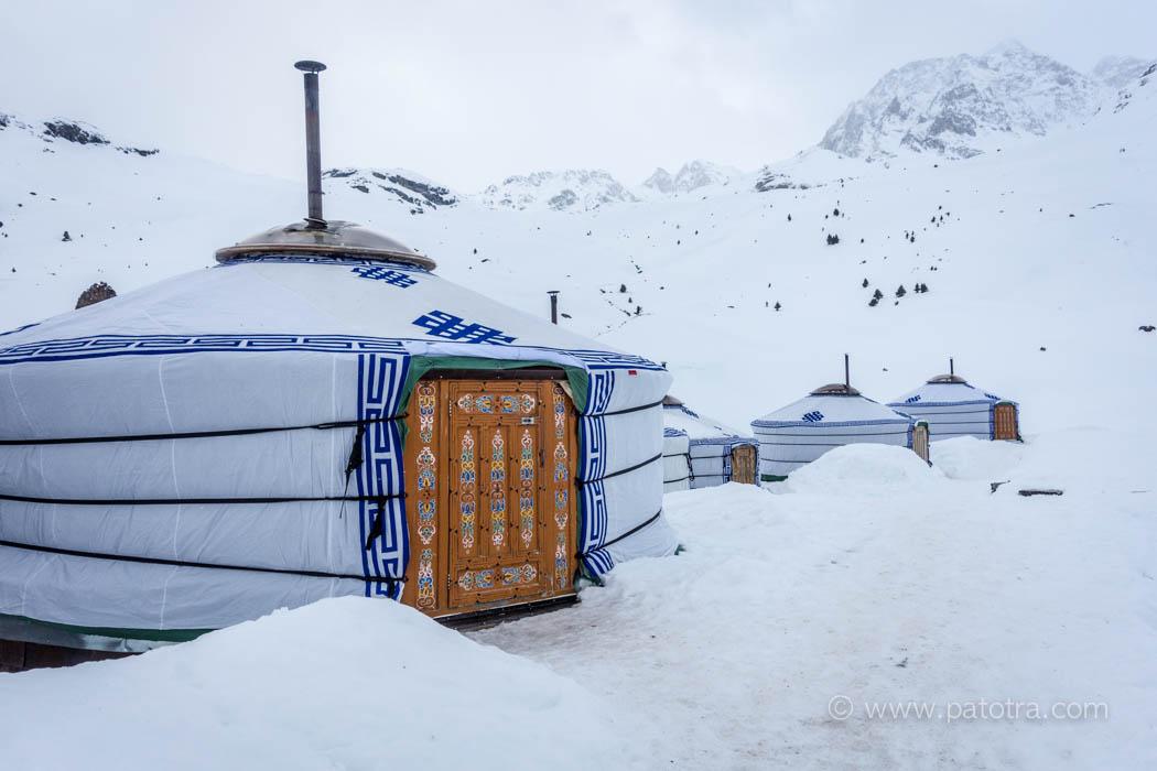 Jurte Alp Flix Wintererlebnis Schweiz