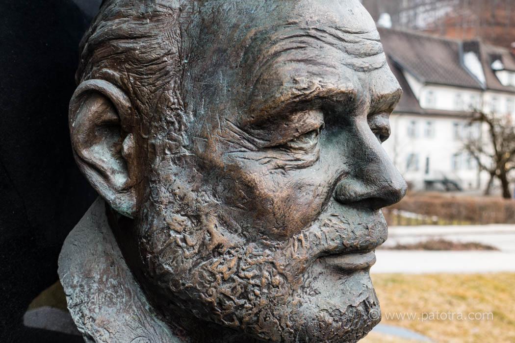 Hemingway Bueste in Schruns