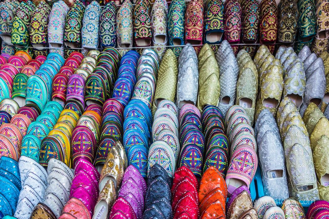 bunte Schuhe in Marakesch