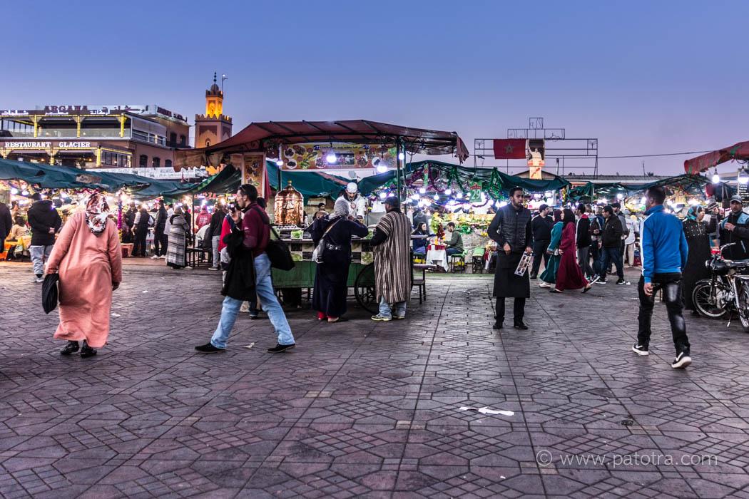 Djemaa el Fna der Platz der Geköpften in Marrakesch am Abend