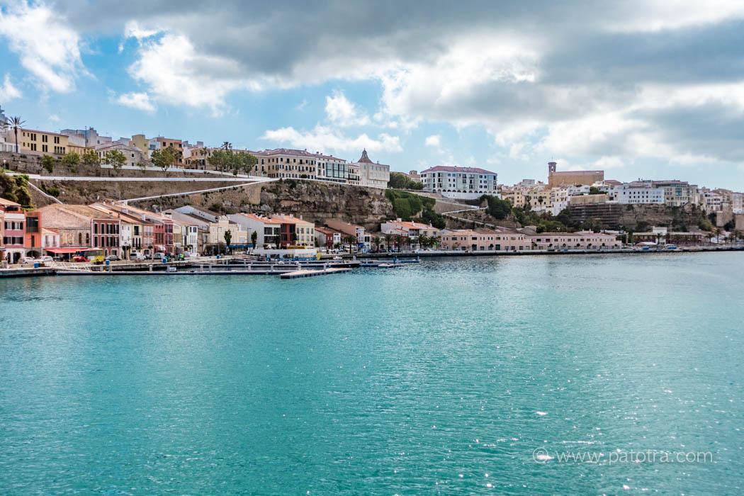 Hafen Mahon
