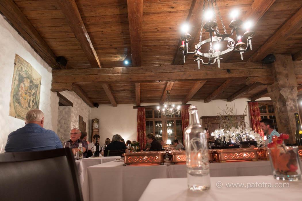 Speisesaal im Restaurant Schloss Brandis Maienfeld