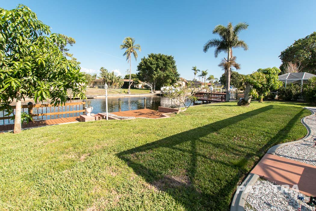 Villa am Kanal Cape Coral
