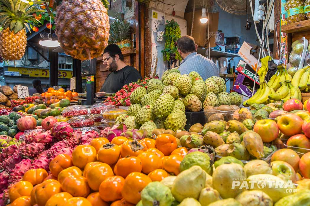 frische Früchte auf dem Markt von Jerusalem