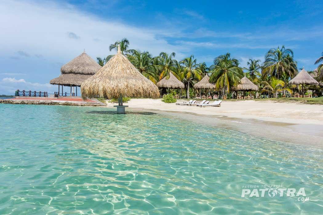 Karibischer Traumstrand auf der Isla Mucura