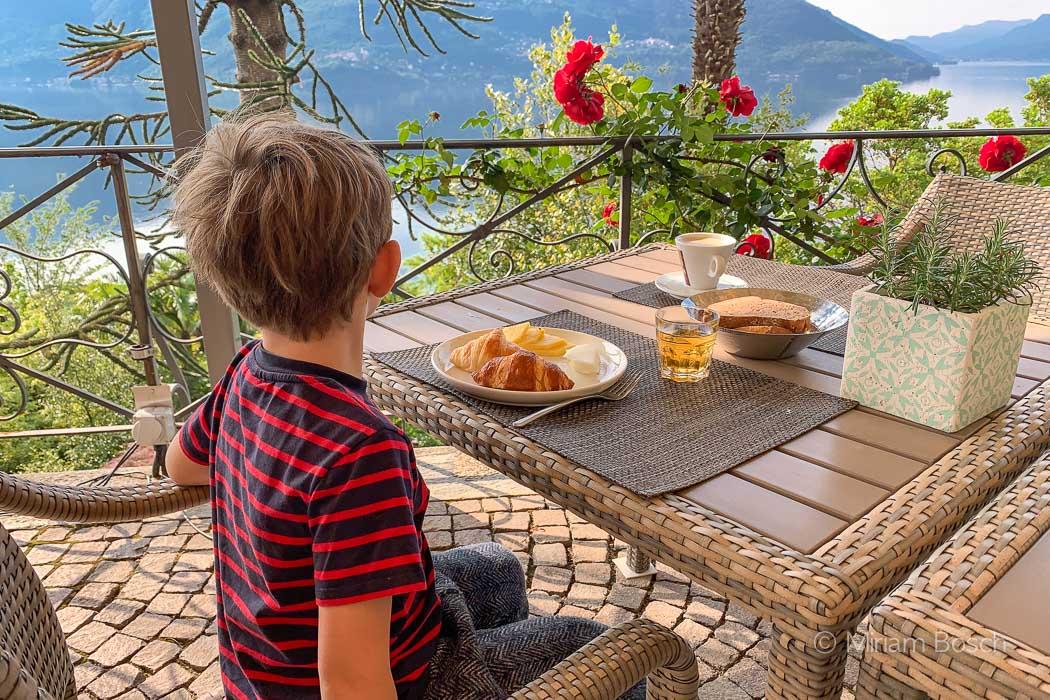 Frühstück im Hotel Brenscino