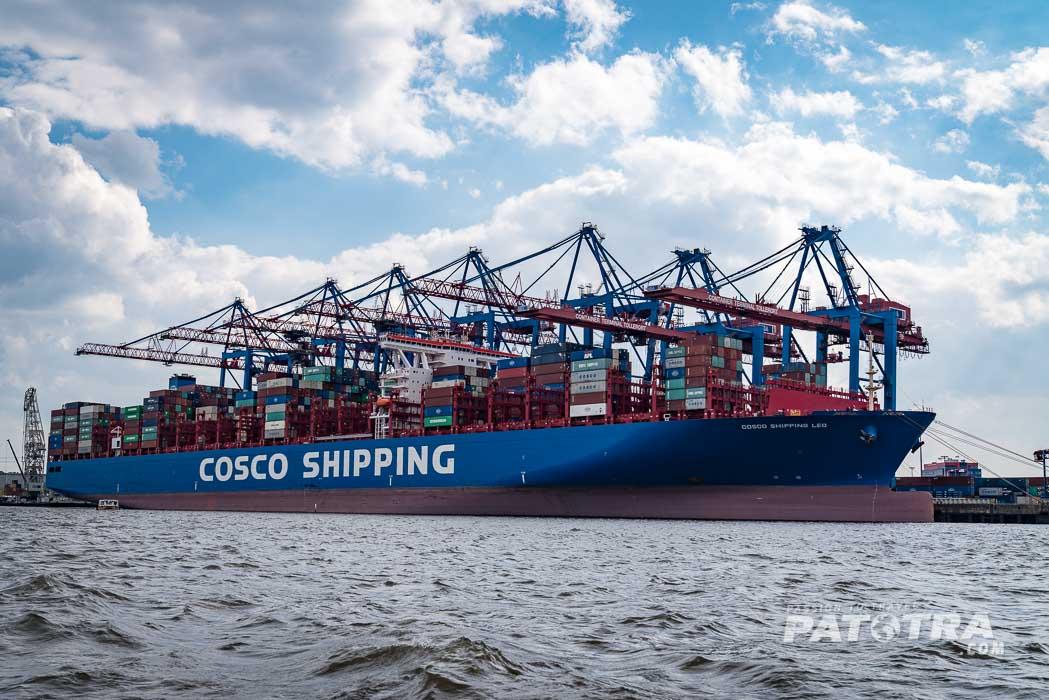 Elbe Hamburg Containerschiff