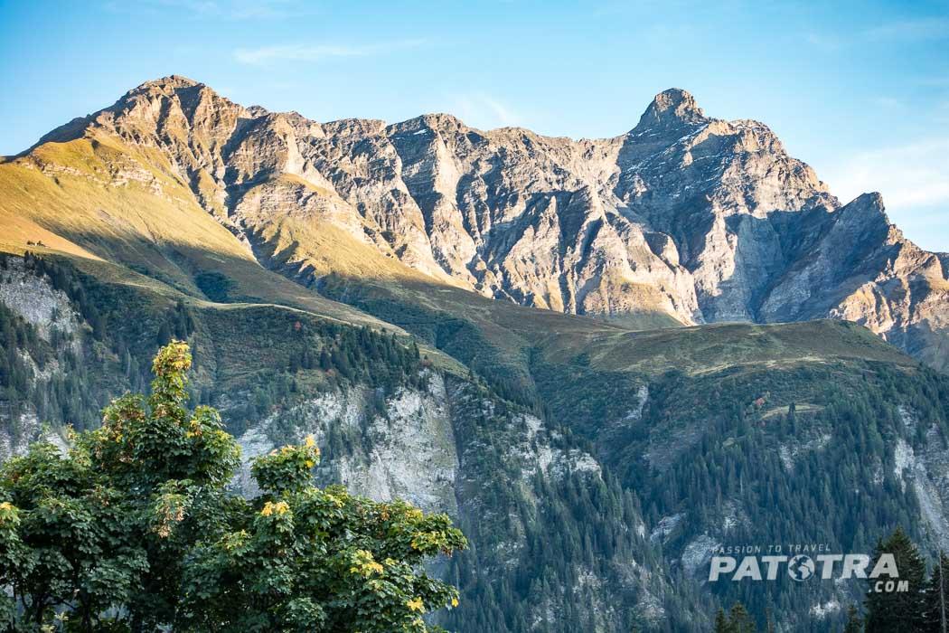 Ausblick auf die Berge im Safiental