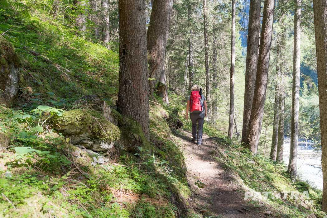 Der Wanderweg entlang der Rabiusa