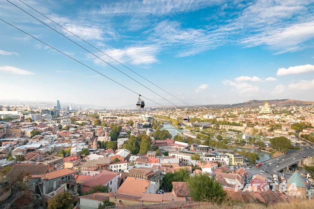 Der Blick auf Tiflis