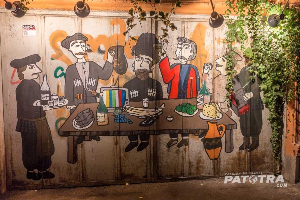 Die Eingangstüre zum Restaurant Shavi Lomi