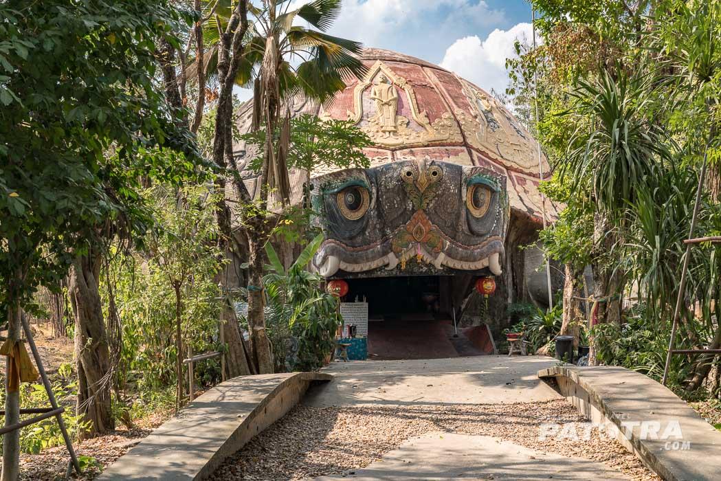Der Eingang zum Schildkrötentempel