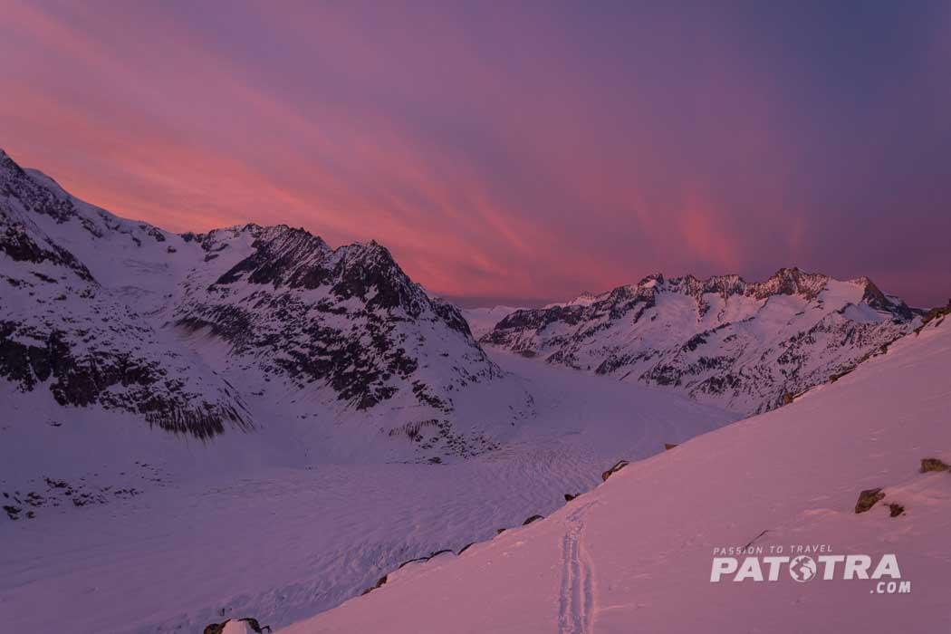 Rosa Sonnenuntergang über dem Alteschgletscher