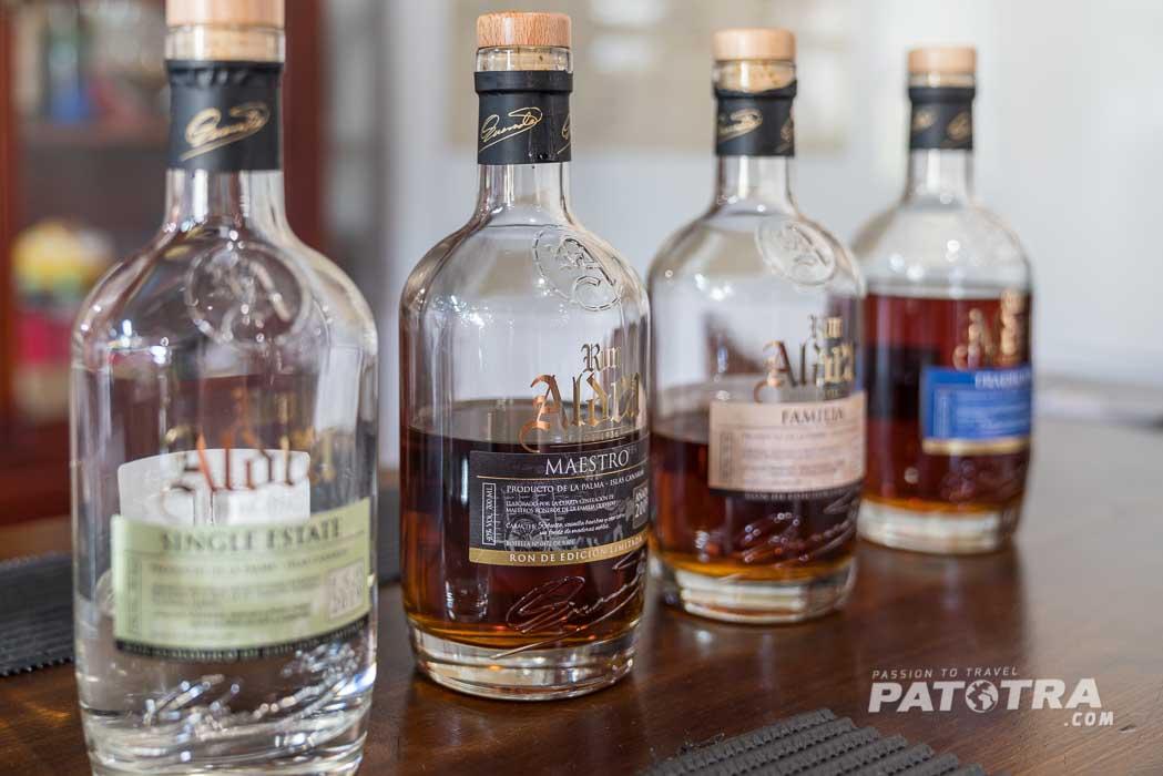 Probieren ist erlaubt in der Rum Distillerie Aldea