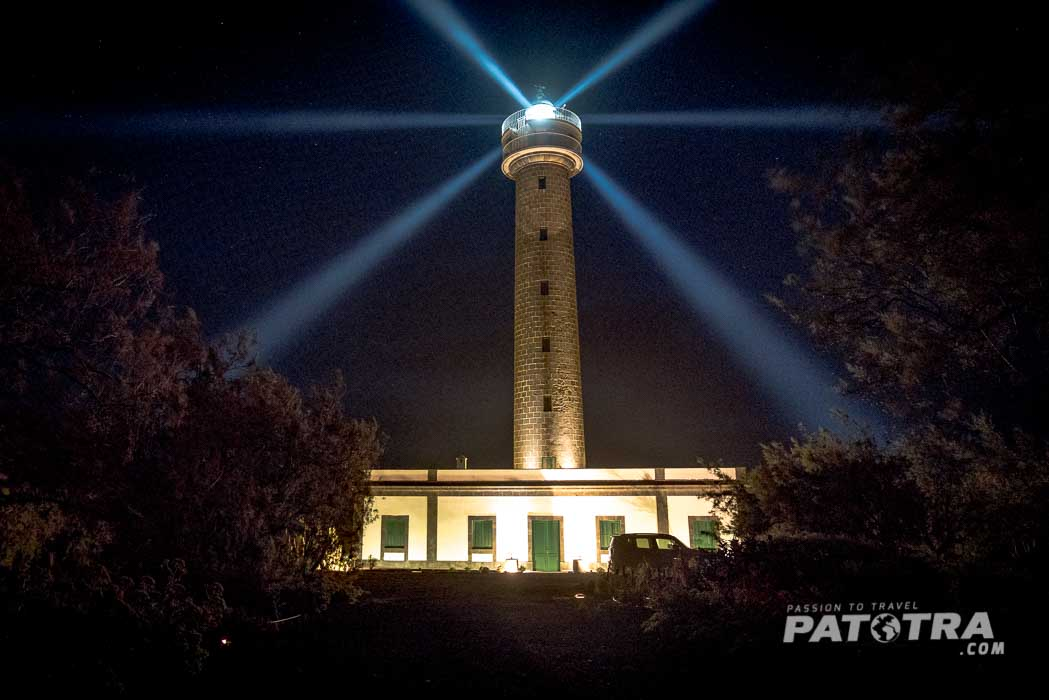 Der Leuchtturm bei Nacht