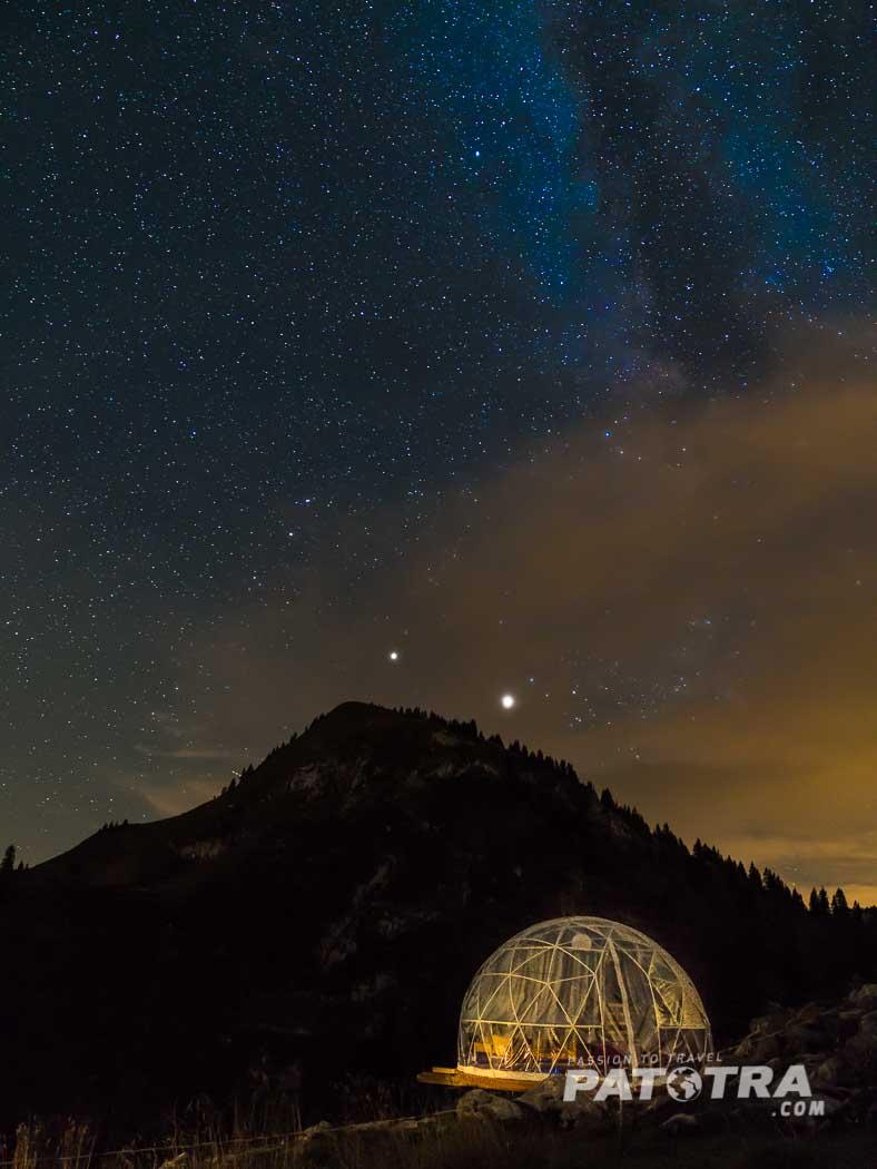 Stärnebett unter dem Sternehimmel