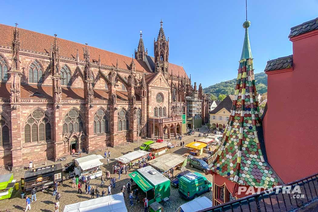 Blick aus dem Fenster vom Hotel Oberkirchs in Freiburg