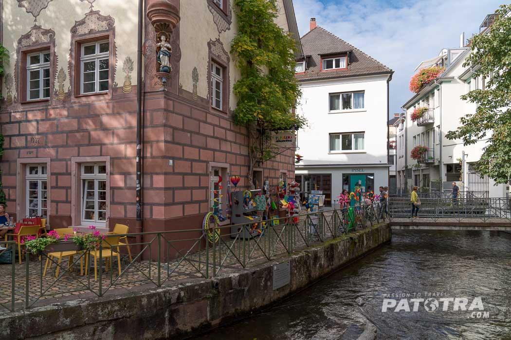 In der Gerberau in Freiburg