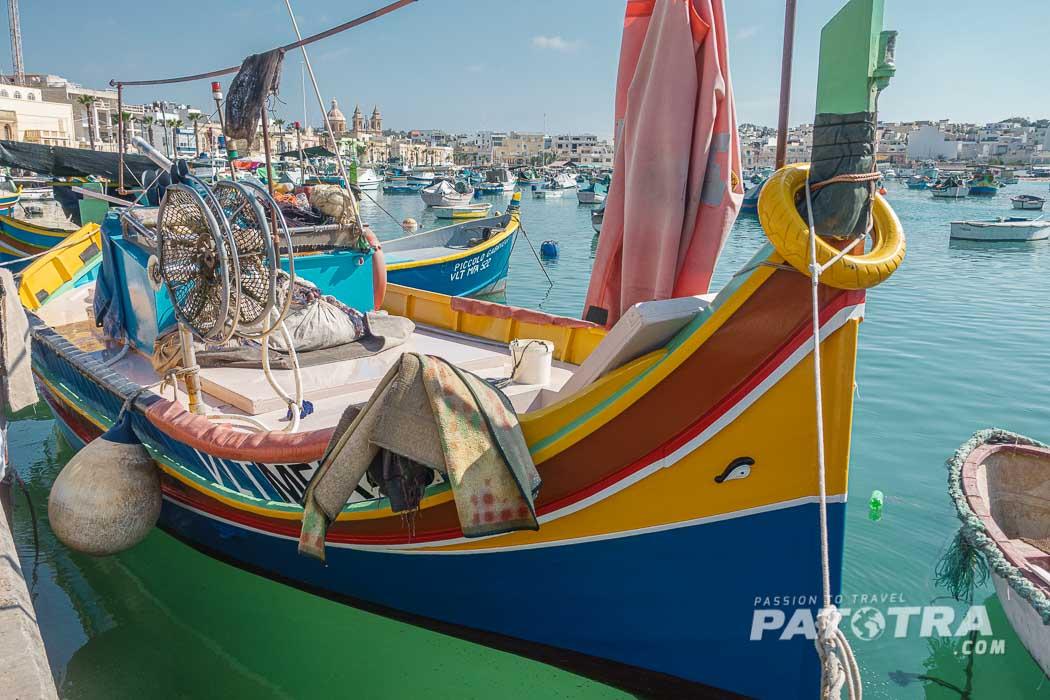 Malta bunte Boote